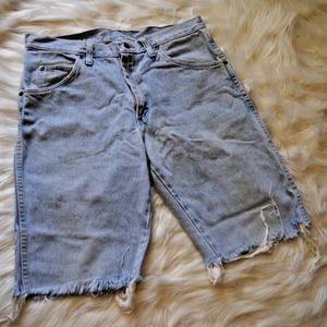 Men's Wrangler Denim Cut-Off Shorts Size 33